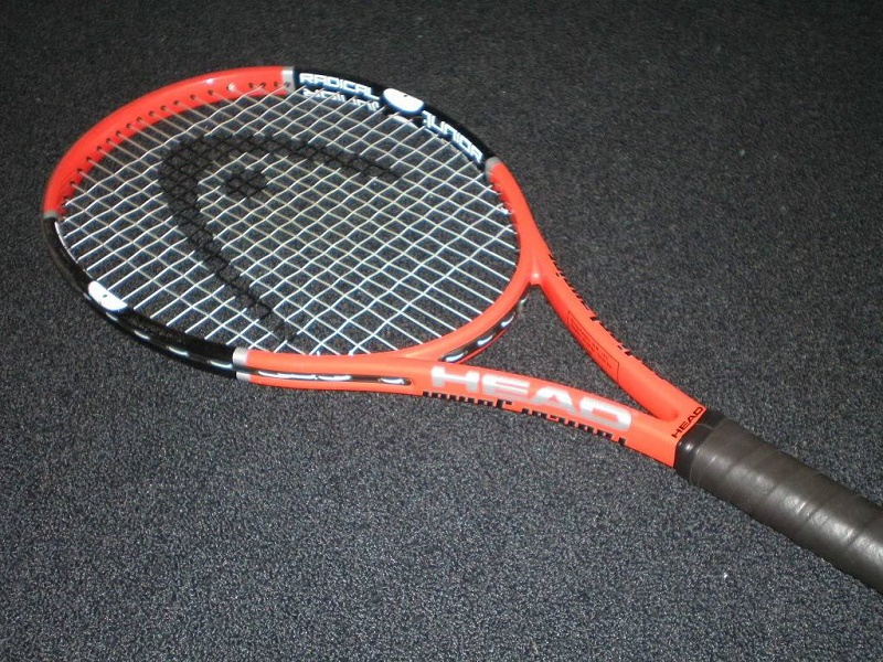 Head Radical Jr tennis racket
